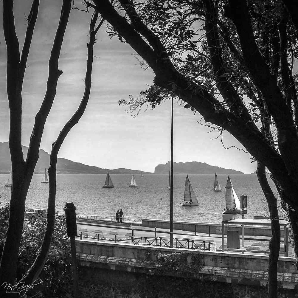 Monochrome, Corniche Kennedy à Marseille - Monochrome