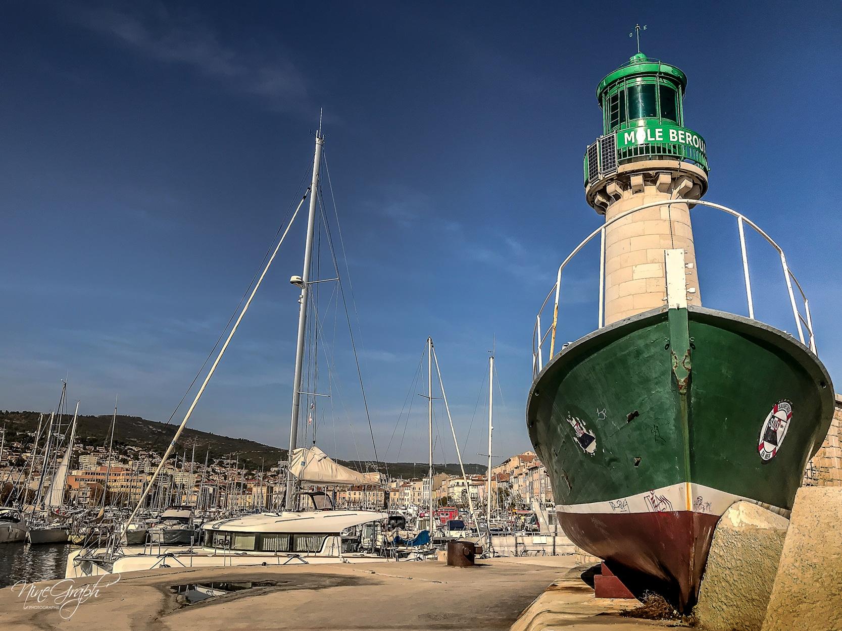 Le phare du port de La Ciotat