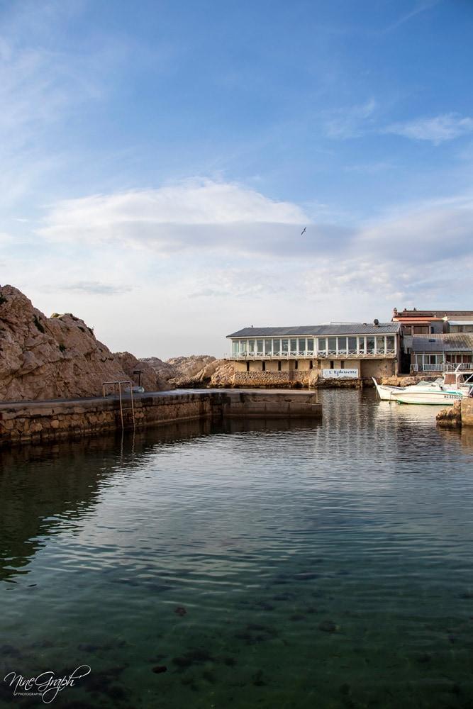 La piscine naturelle du Vallon des Auffes à Marseille