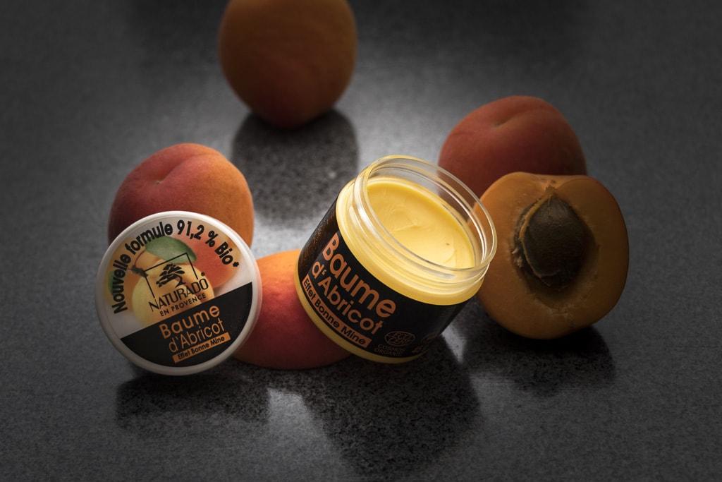 Packshot baume abricot Naturado pour Provence Chérie par NineGraph