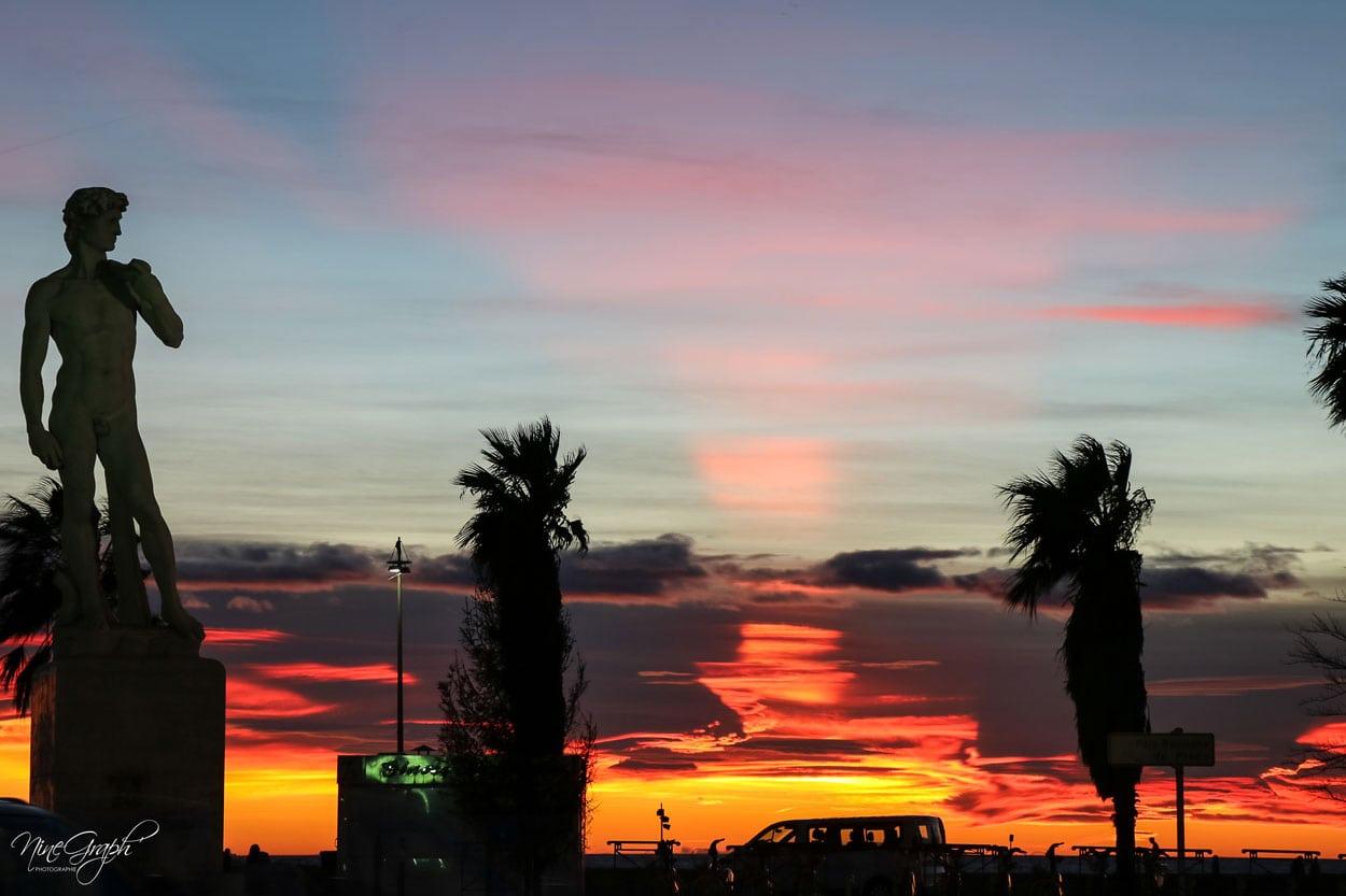 Coucher de soleil au David à Marseille, avenue du Prado