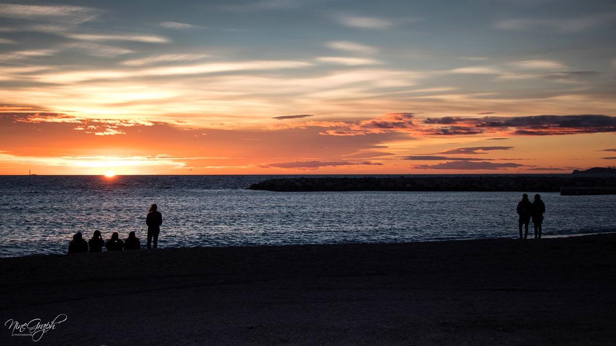 Coucher de soleil sur la plage de Borely à Marseille