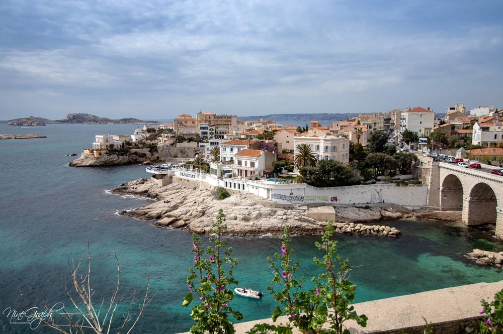 Anse de la Fausse Monnaie, sur la corniche Kennedy à Marseille